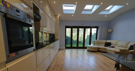 Skyfix co ltd extensions loft conversions for Small room extension